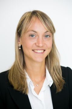 paola pederzoli _ asst prof of finance